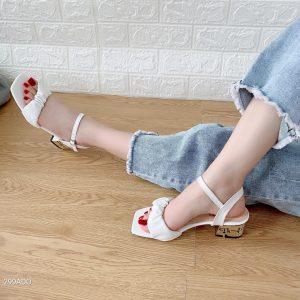 sandal day